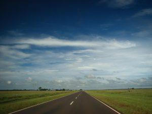 Estrada nos pampas Argentinos